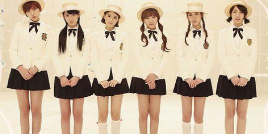 dani-t-ara-tampil-di-mv-terbaru-f-ve-dolls-20130912153034